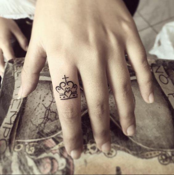 Tatuajes de Coronas F 5 Imágenes de Tatuajes de Coronas
