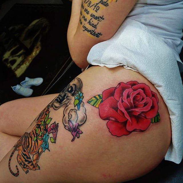 50 Sexys y Seductores Tatuajes para Mujeres