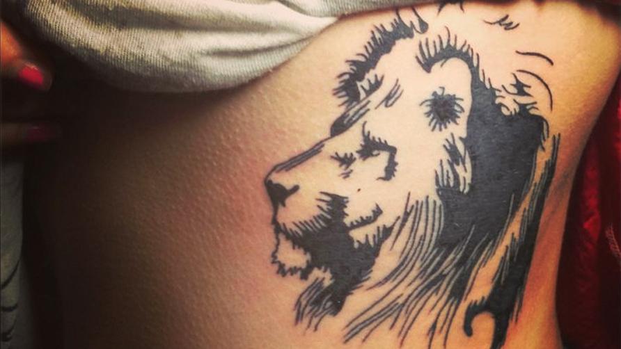 imagenes de tatuajes de leones tatuajes para mujeres y hombres. Black Bedroom Furniture Sets. Home Design Ideas