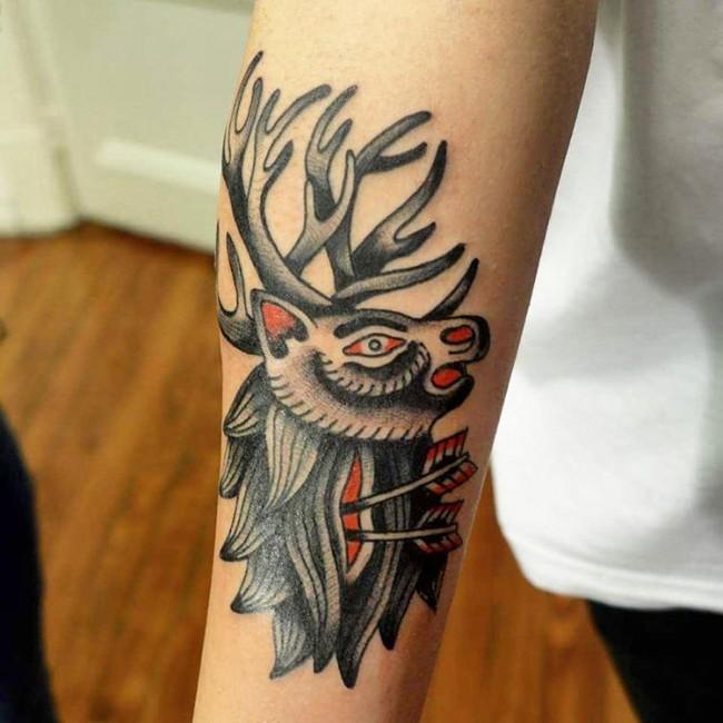 Los Mas atractivos Tatuajes de Ciervos y su Significado