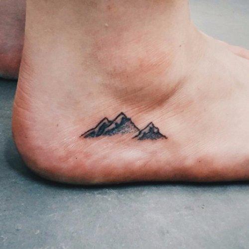 Tatuaje pequeño hombre