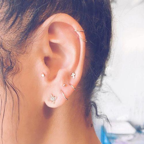 perforaciones en las orejas 13 Ideas para Perforaciones en la Oreja