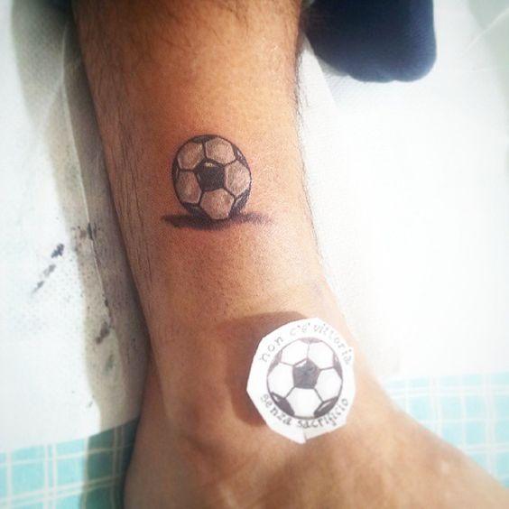 Ideas De Tatuajes Relacionados Con El Futbol Soccer Tatuajes Para
