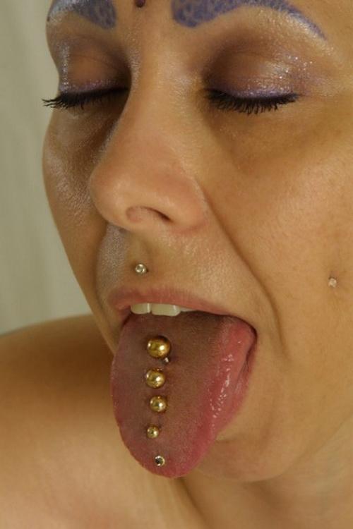 Piercing: Ejemplos de Perforaciones en la Lengua