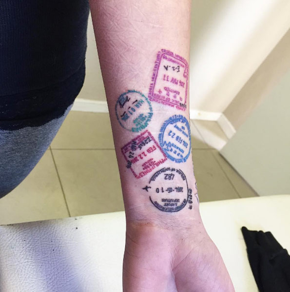 passport stamp tattoos Tatuajes Inspirados en Viajes o Destinos