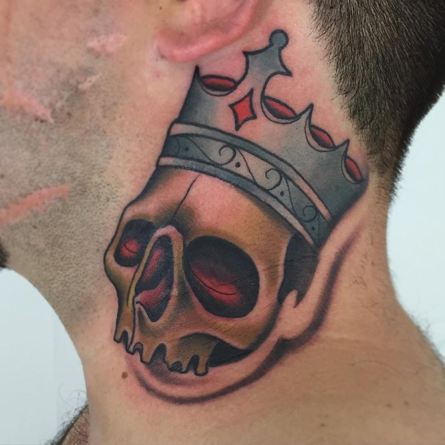 Galeria de Tatuajes de Coronas para Hombres y Mujeres