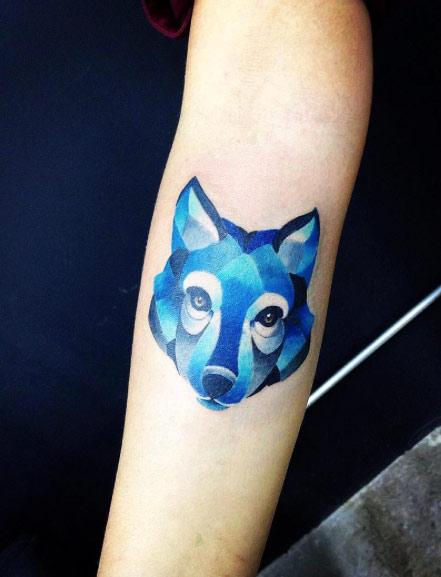Hermosos Tatuajes con Tinta Azul