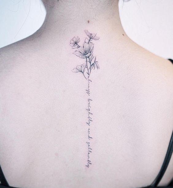 Tatuajes Para Mujeres en la Columna - Tatuajes Para