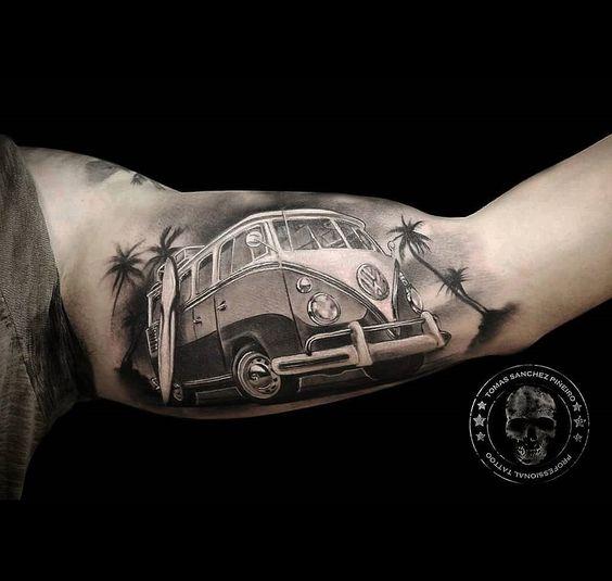 tatuajes de autos 15 Tatuajes de Autos
