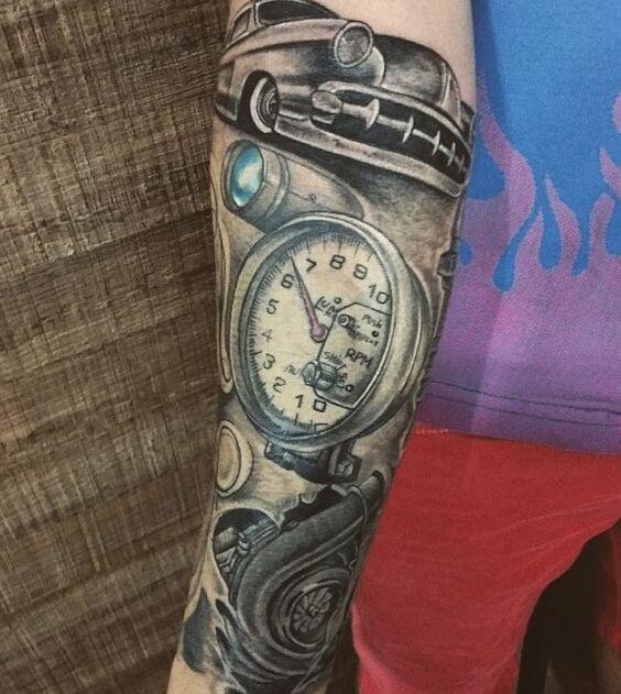 tatuajes de autos 9 Tatuajes de Autos